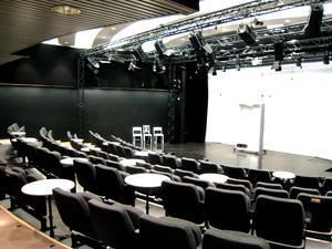 Teatteri Avoimet Ovet